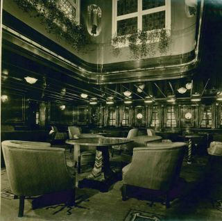Collection of Photographs of Interiors of the Swedish American Cruise Ship MS Kungsholm.